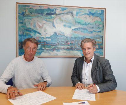 Gemeente en Sportraad tekenen overeenkomst